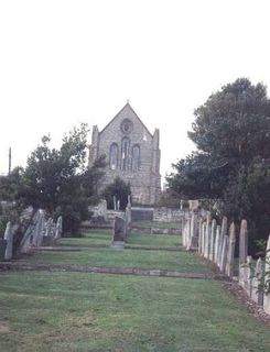 Brading United Reformed Church Churchyard