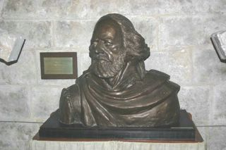 Freshwater All Saints : Alfred, Lord Tennyson Memorial