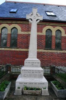 Whitwell War memorial